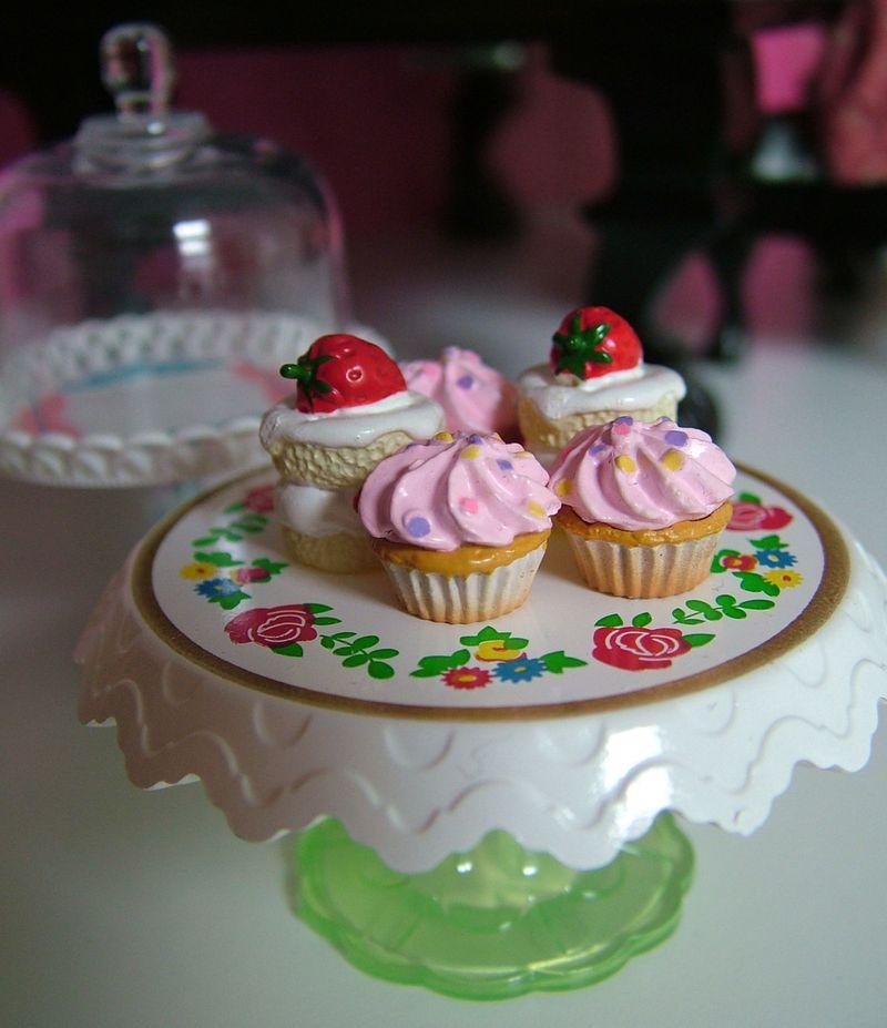 06_PinkCupcakes2
