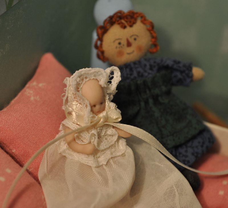 057d_dolls2