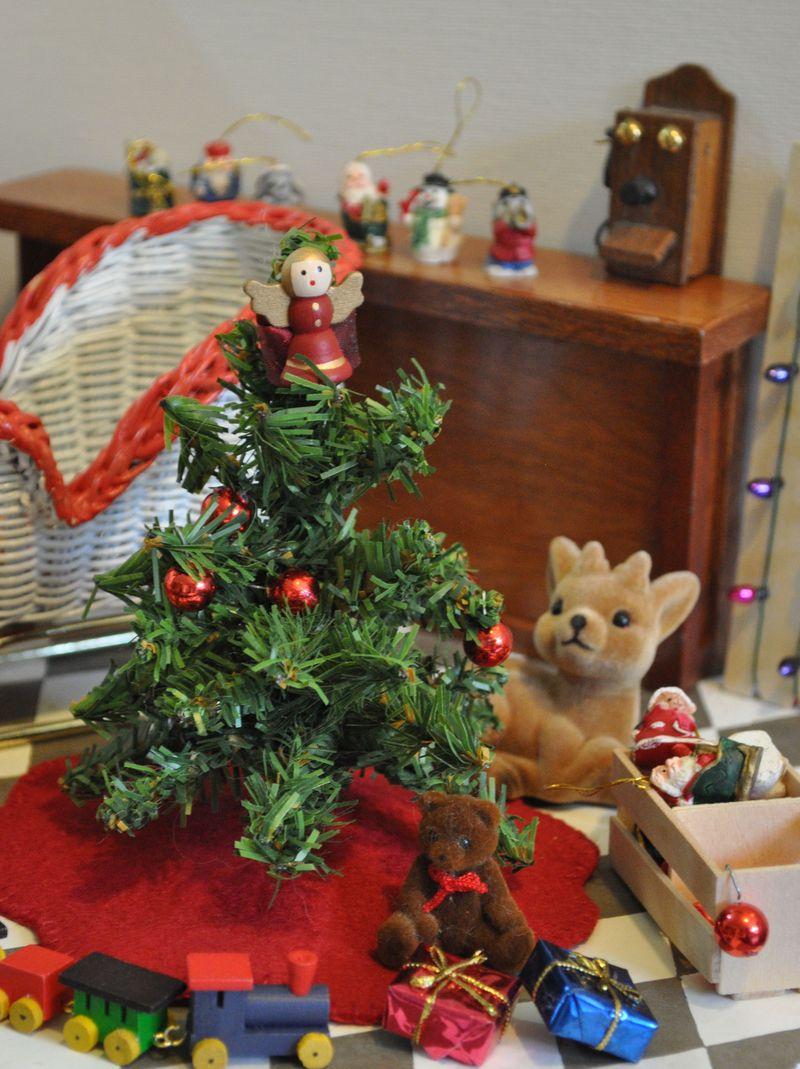 ChristmasPackage3