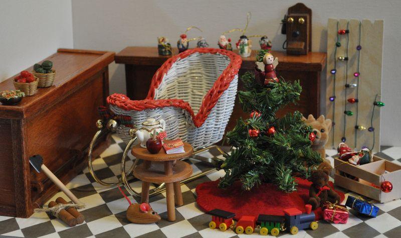 ChristmasPackage1b