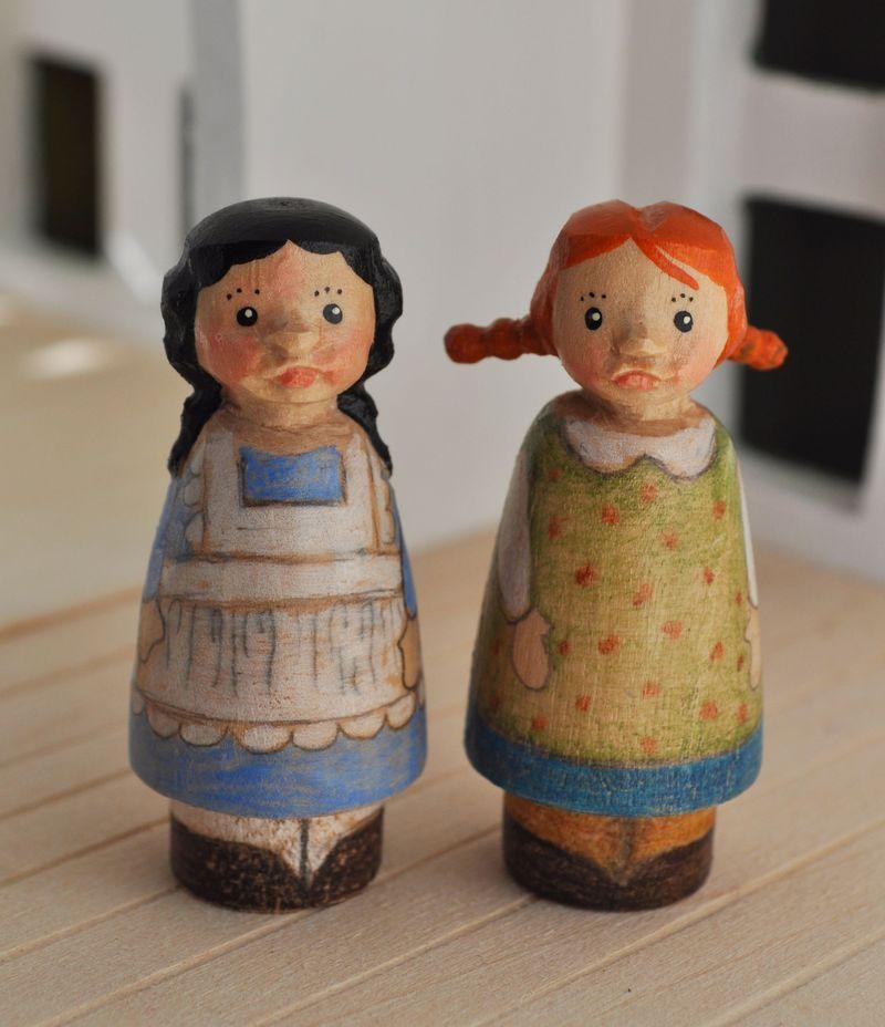 Anne&Diana1b